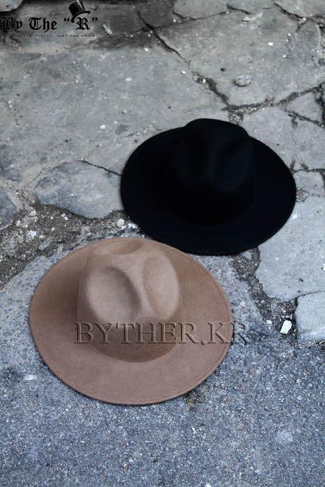 ByTheRByTheR經典款凹頂寬緣禮帽