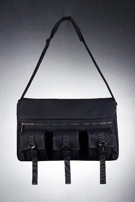 ByTheRByTheR Techware Triple Pocket Messenger Bag