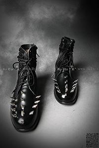 ByTheRByTheR手工製作朋克風劉丁短靴