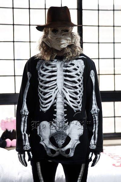 ByTheRByTheR Skeletal Print Crewneck T-Shirts