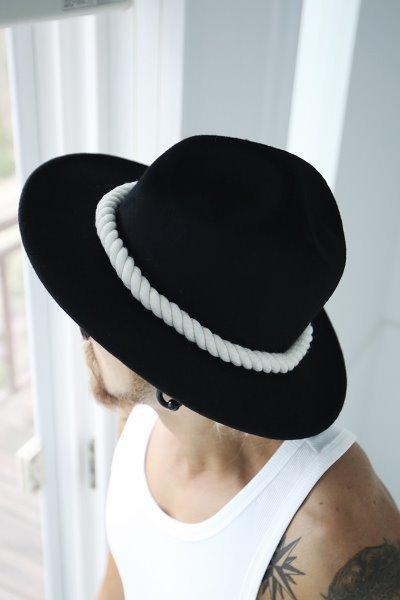 ByTheR簡約繩子裝飾凹頂禮帽