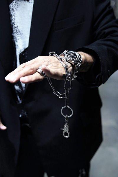 ByTheRByTheR金属钥匙链