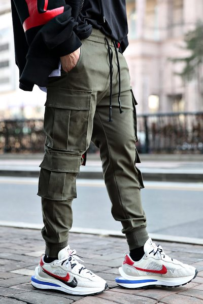 ByTheRMulti-cargo cotton banding jogger trousers