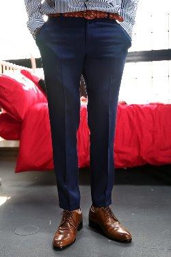 ByTheR深蓝色緊身直筒寬鬆褲