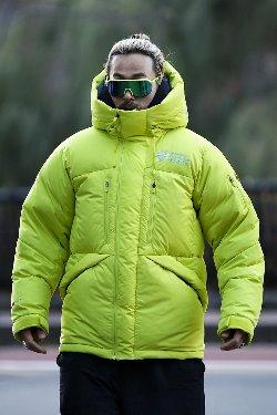 ByTheR高山滑雪短款羽绒服