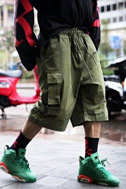 ByTheRAnkle velcro wide cargo shorts
