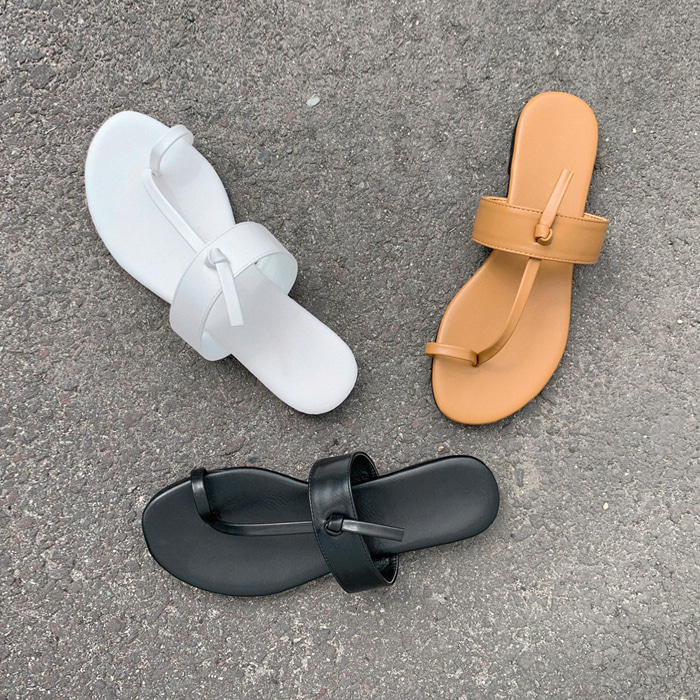 Toe Loop Faux Leather Sandals