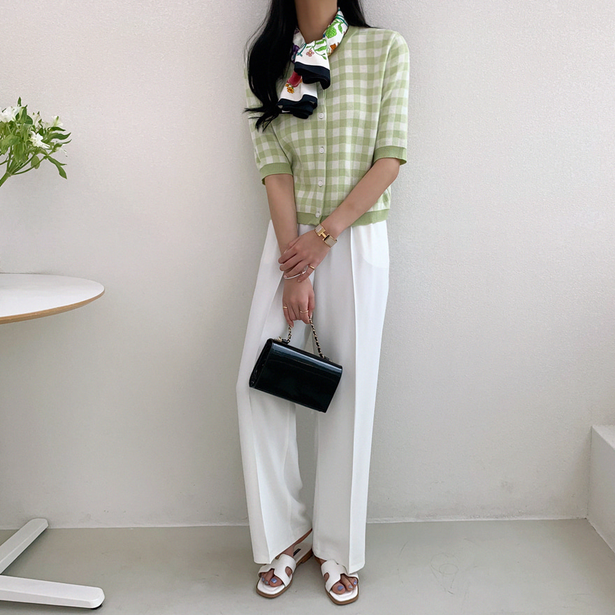 Off-Center Button Wide-Leg Slacks