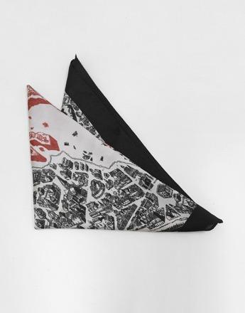 홈타운 프린팅 블랙+레드 스카프(새상품)