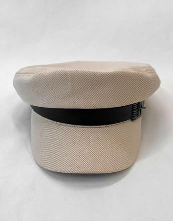 버클 장식 아이보리 모자 (새상품)