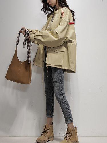 어깨레터링 여성 야상 자켓