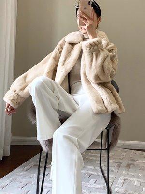 이룩스 밍크 코트