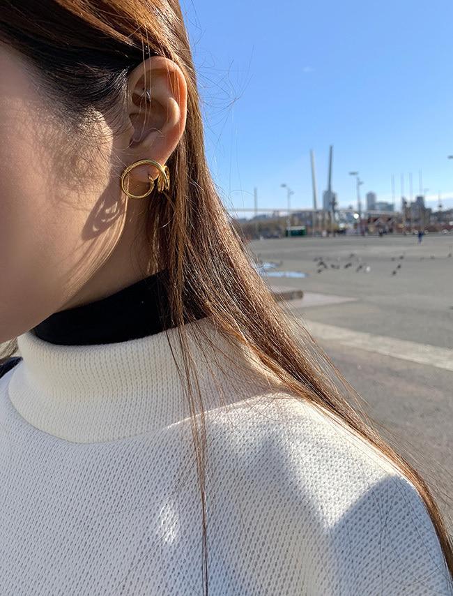 Spiral Curve Earrings
