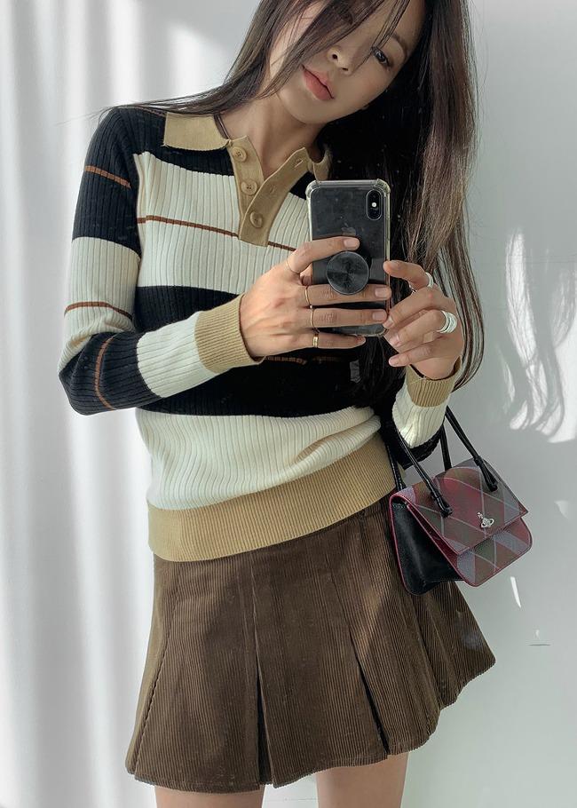 Colored Stripe Collared Knit Top