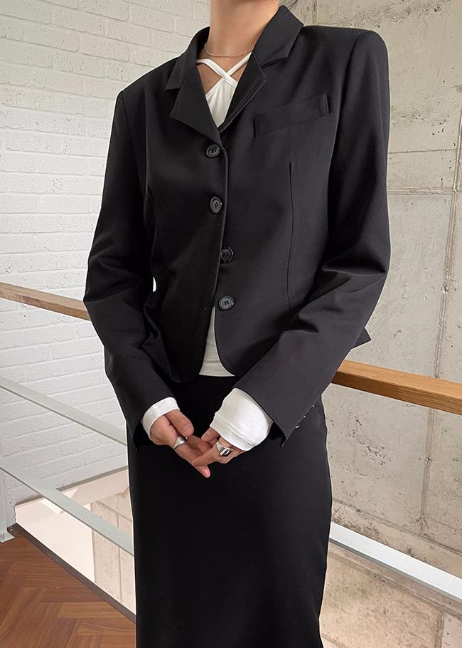 Button-Up Short Jacket
