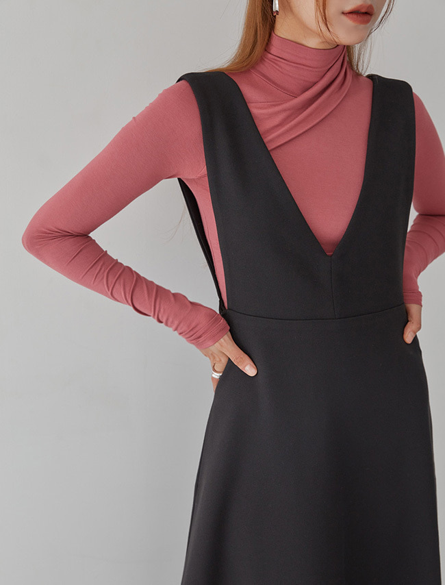 Diagonal Drape Turtleneck Top
