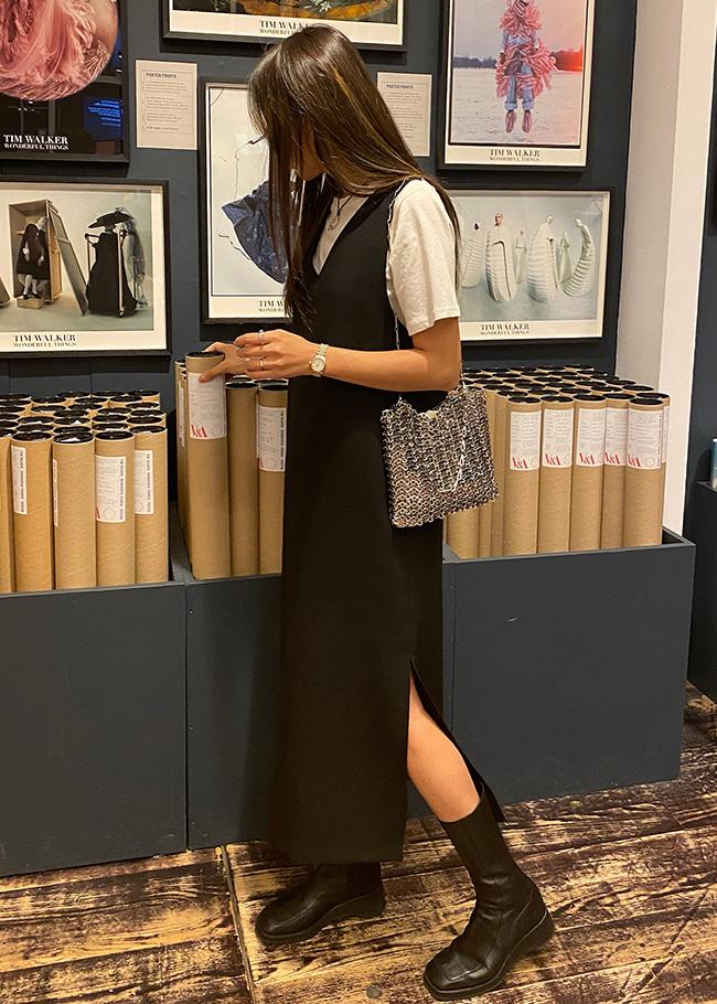 Long Sleeveless V-Neck Dress
