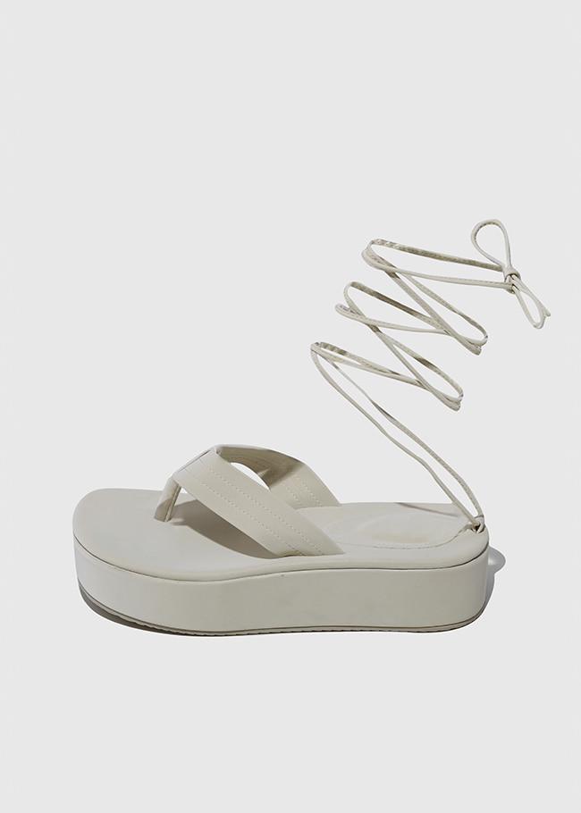 Soft Thong Strap Platform Sandals
