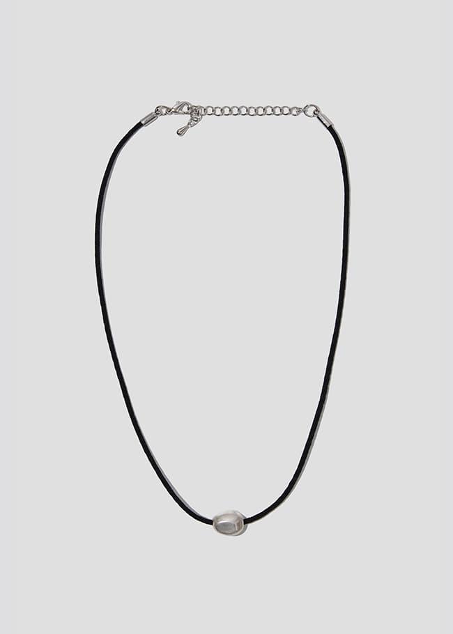 Silver Tone Ball Necklace