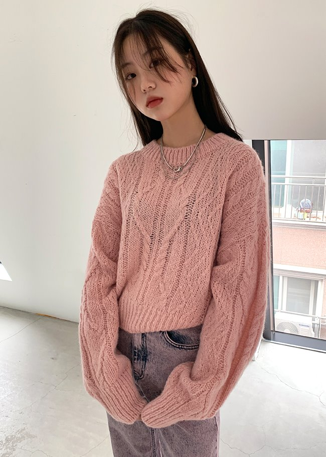 Cable Knit Crop Round Neck Top