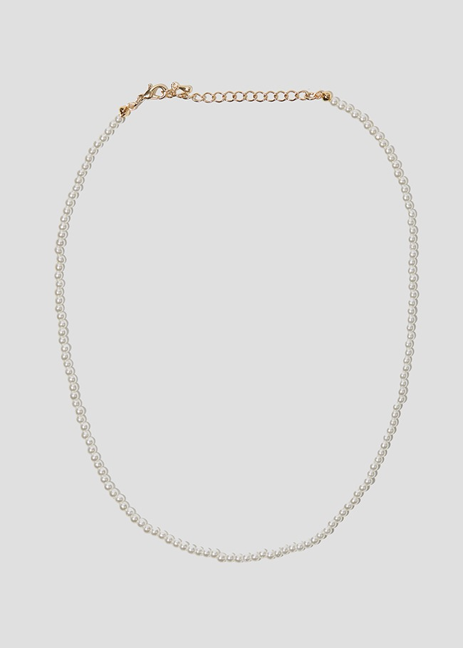 Tiny Faux Pearl Necklace