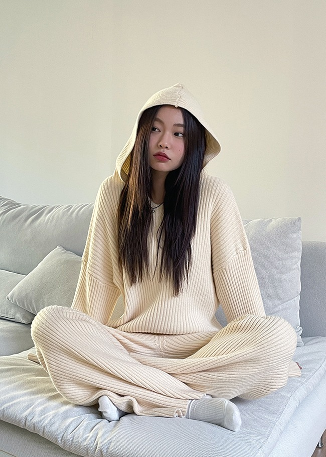 Ribbed Hooded Sweater and Pants Set