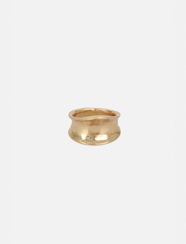 Wide Concave Band Ring