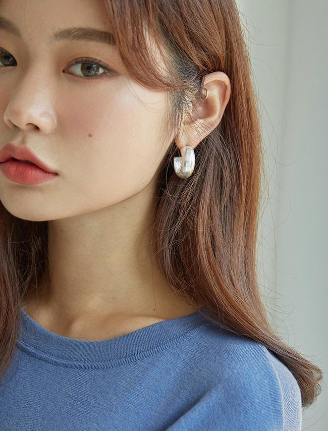 Inner Hook Half Hoop Earrings