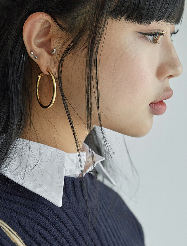 Latch Lock Metallic Hoop Earrings