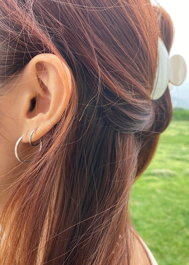 Basic Silver Hoop Earrings