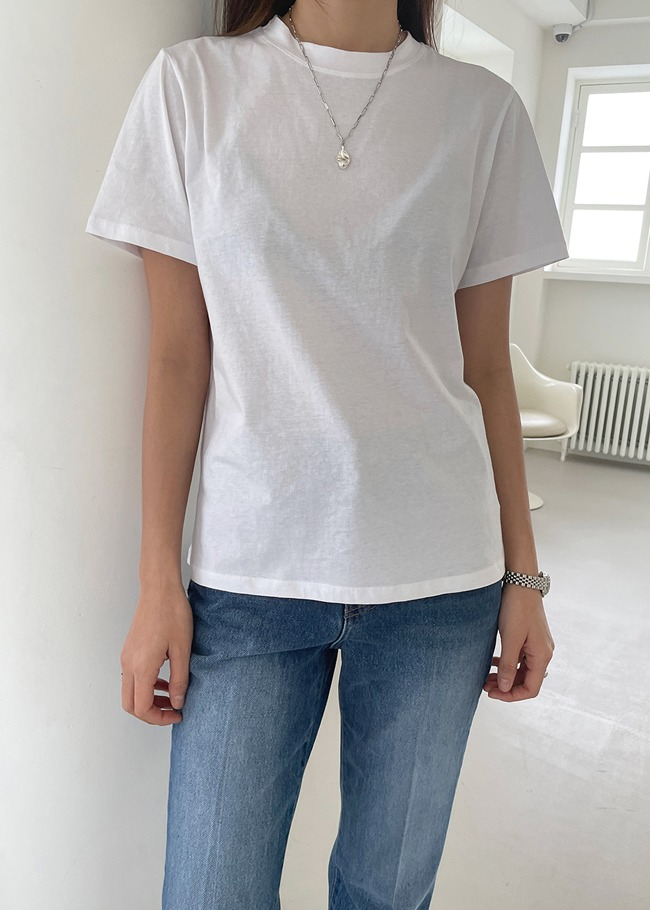 Round Neck Daily T-Shirt