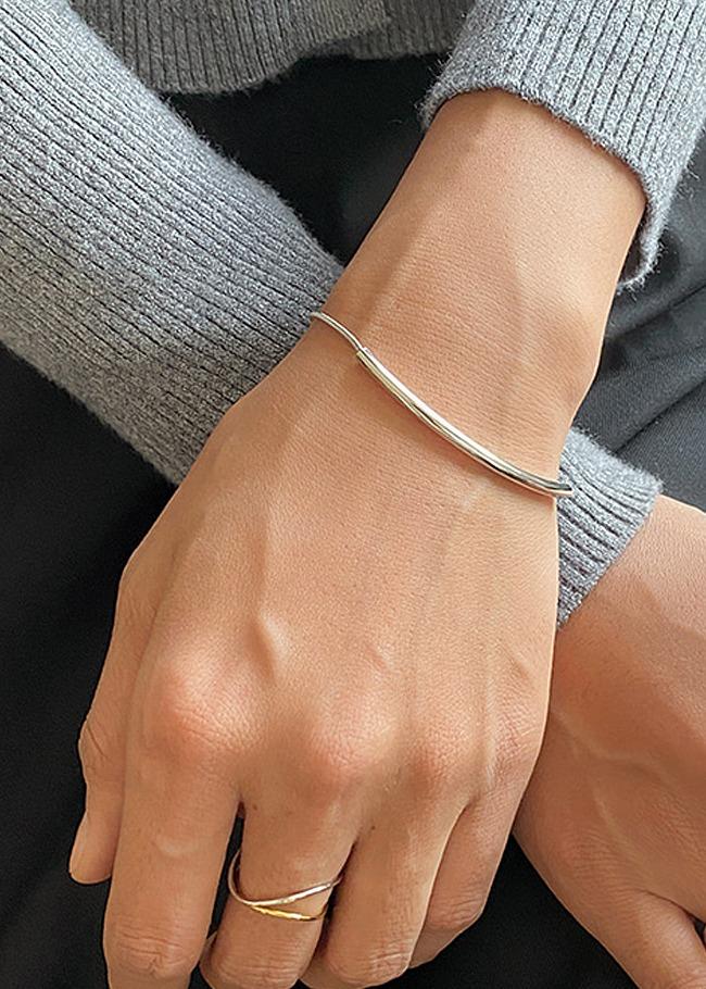 極簡輕奢風方形綴飾手鍊