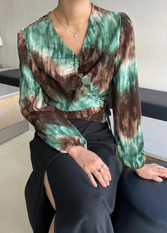 DARKVICTORY綁帶設計混色感縮口袖上衣