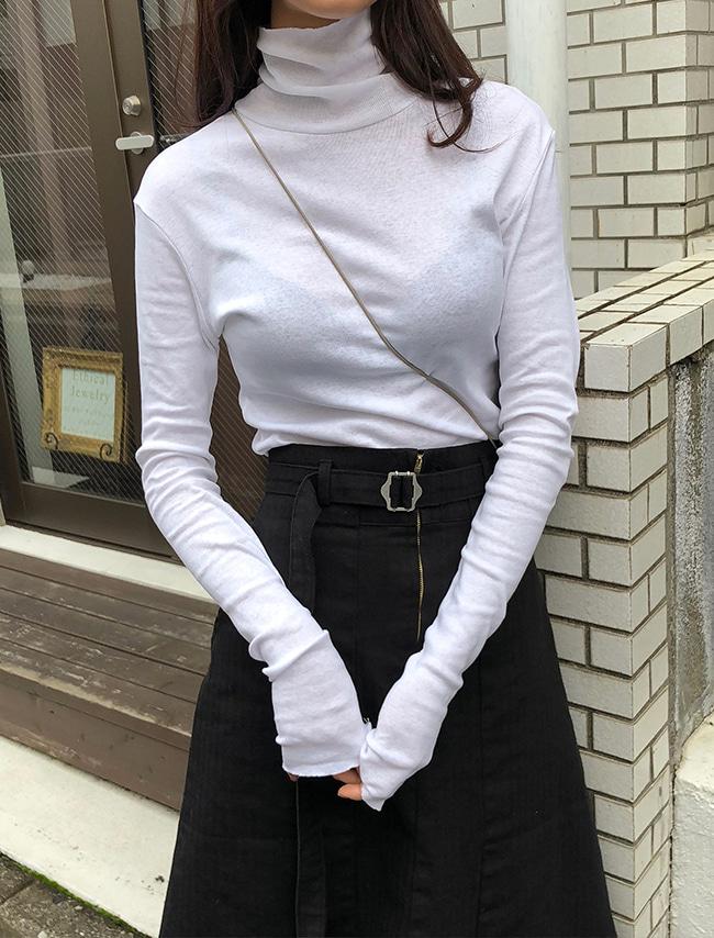 DARKVICTORY柔軟天絲混棉純色高領T恤(白色)