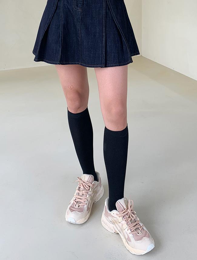 DARKVICTORY百搭純色無印長筒襪