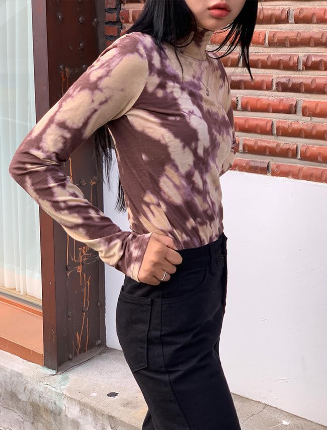 DARKVICTORY時尚渲色純棉高領T恤