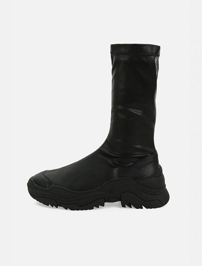 DARKVICTORY仿皮窄筒側拉鍊厚底鞋