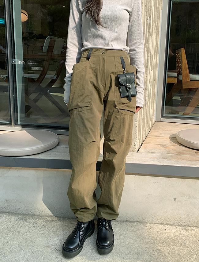 DARKVICTORY配色皮帶環縮口工裝長褲