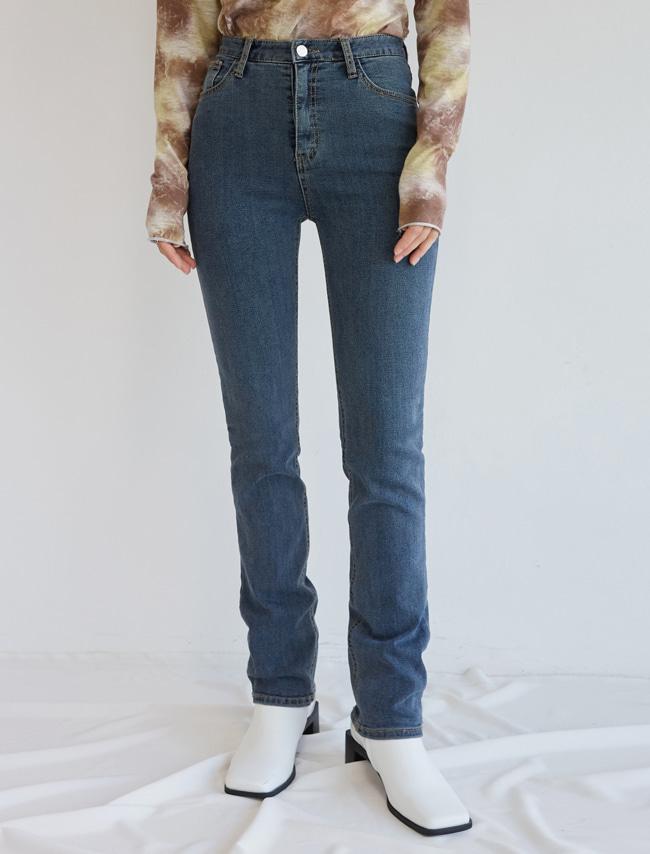DARKVICTORY深色俐落美直筒牛仔褲(牛仔藍色)