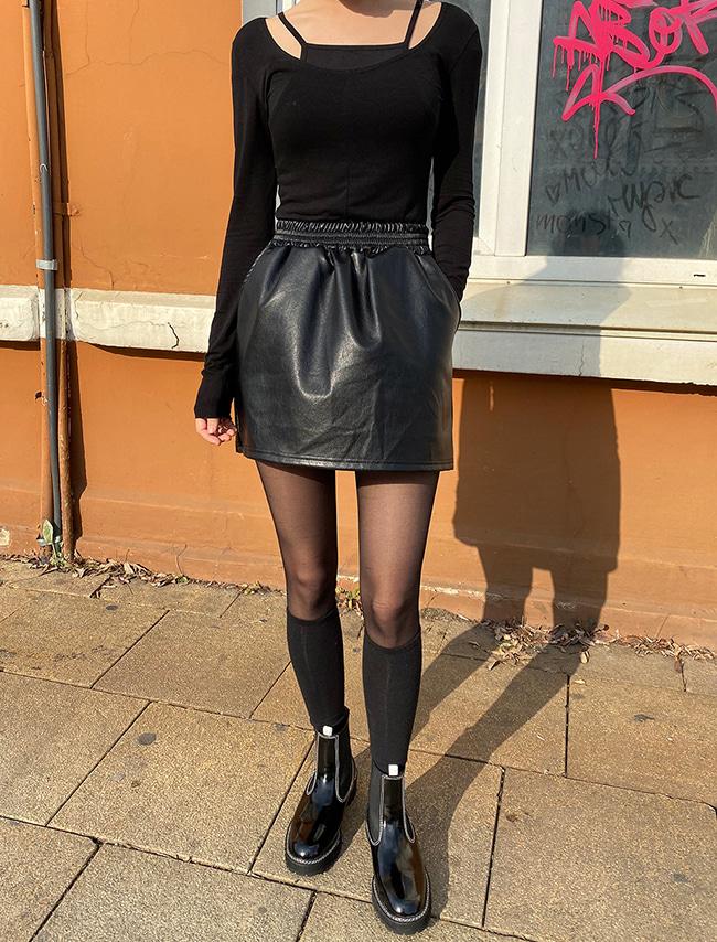 DARKVICTORY極簡風範鬆緊A字皮革短裙