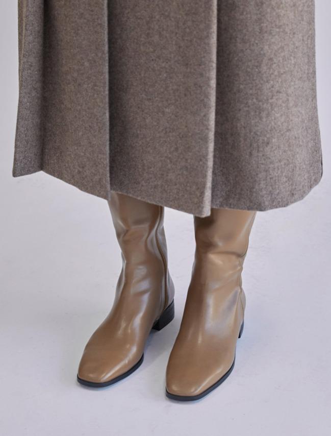 DARKVICTORY極簡韻味微方頭皮革低跟長靴