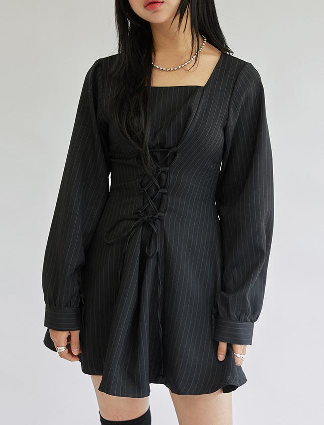 DARKVICTORY交叉綁帶直條紋傘襬短洋裝