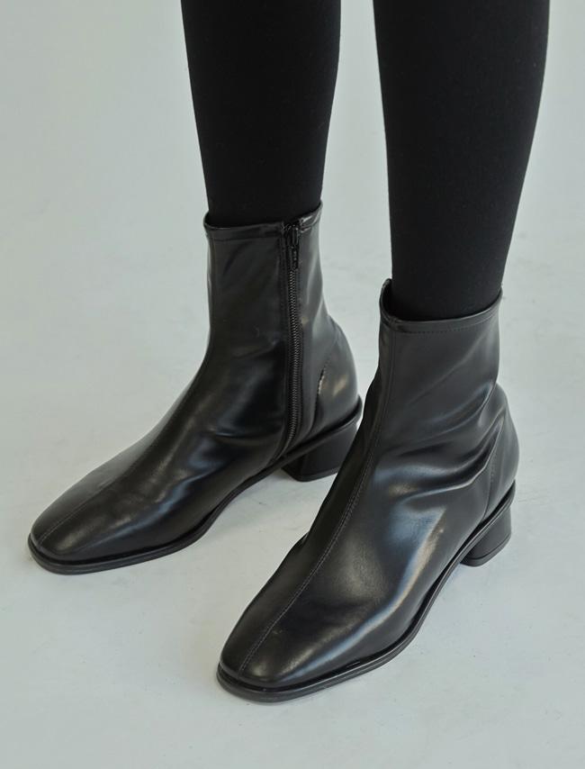 DARKVICTORY縫線拼接微方頭粗跟短靴