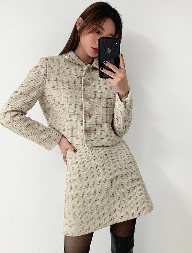 DARKVICTORY撞色格紋花呢短版外套+A字短裙(米色)