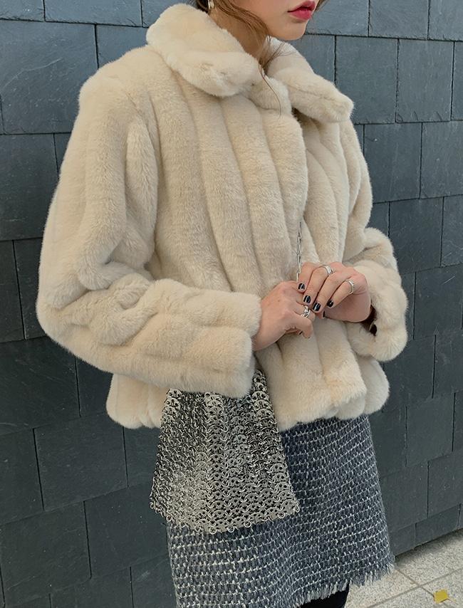 DARKVICTORY隱藏式排釦翻領仿貂皮外套