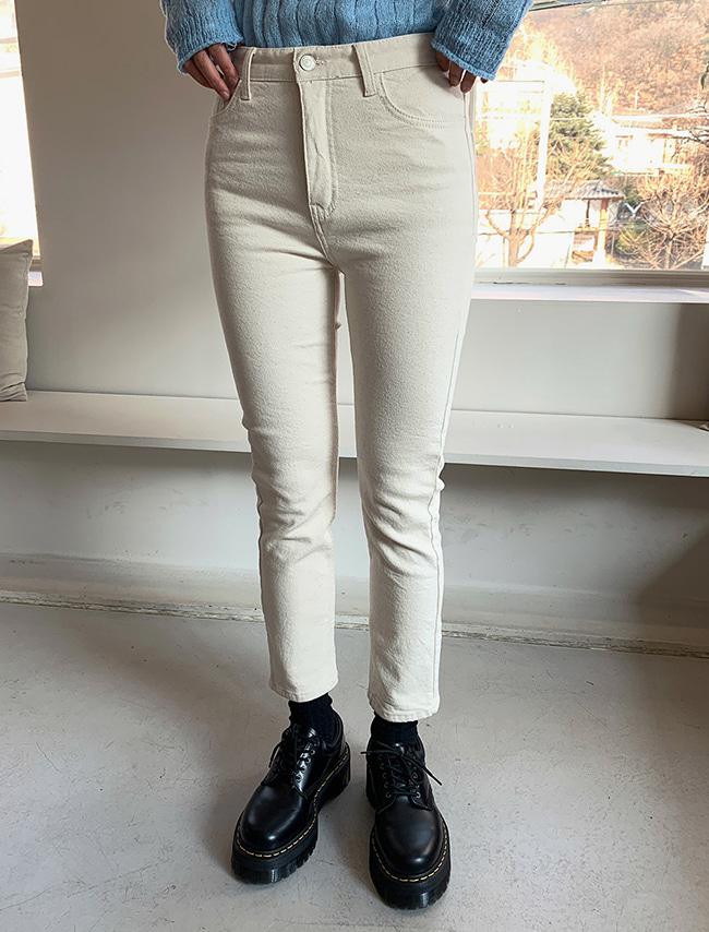 DARKVICTORY女神曲線內刷毛直筒牛仔褲(燕麥色)