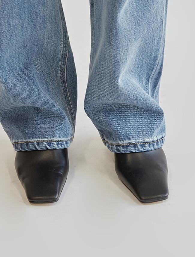 DARKVICTORY俐落方頭高跟皮革穆勒鞋