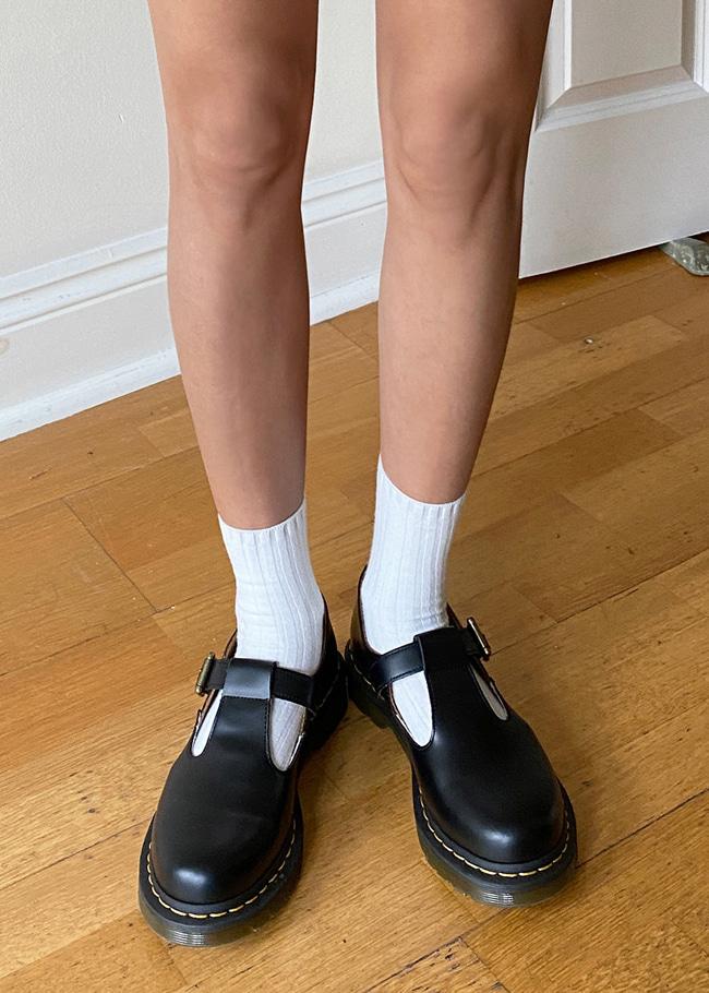 DARKVICTORY百搭必備羅紋純色中長襪