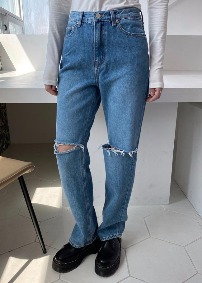 DARKVICTORY抽鬚大刷破高腰直筒牛仔褲