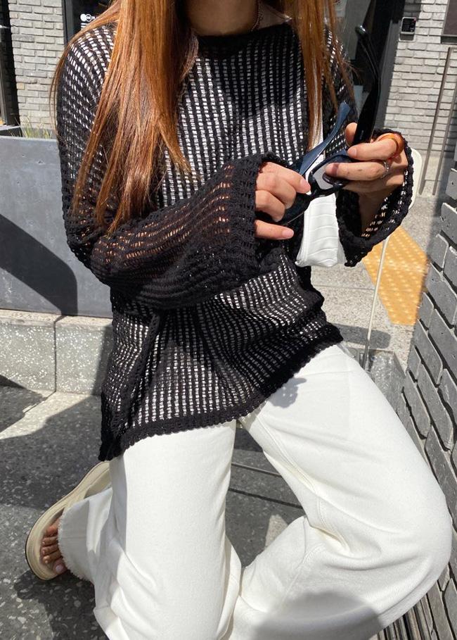 DARKVICTORY鏤空方織紋落肩針織上衣